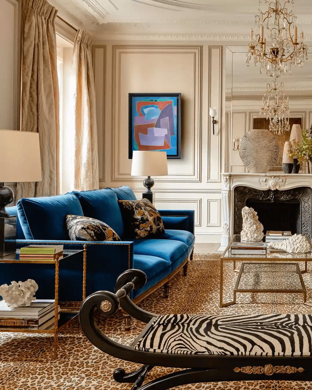 Mélangez et associez les styles pour votre salon français
