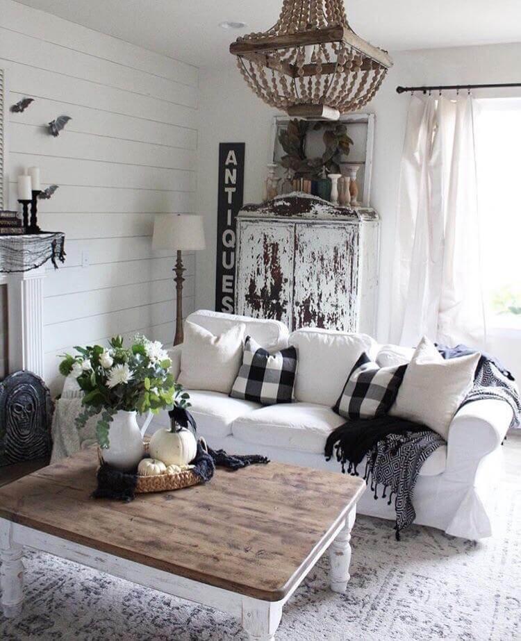 Salon rustique ancien