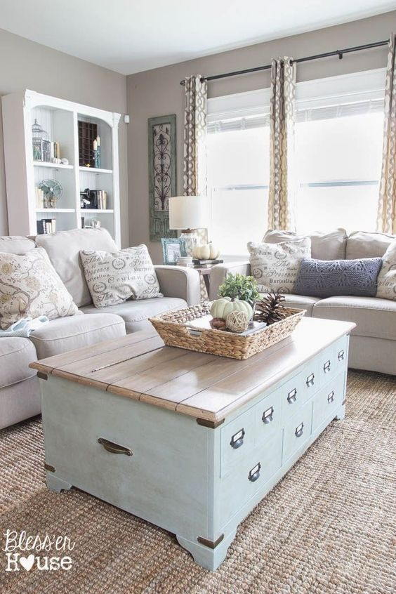 Table basse transformée en grange Salon Shabby Chic